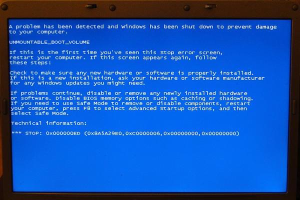 Синий экран смерти с надписью unmountable_boot_volume