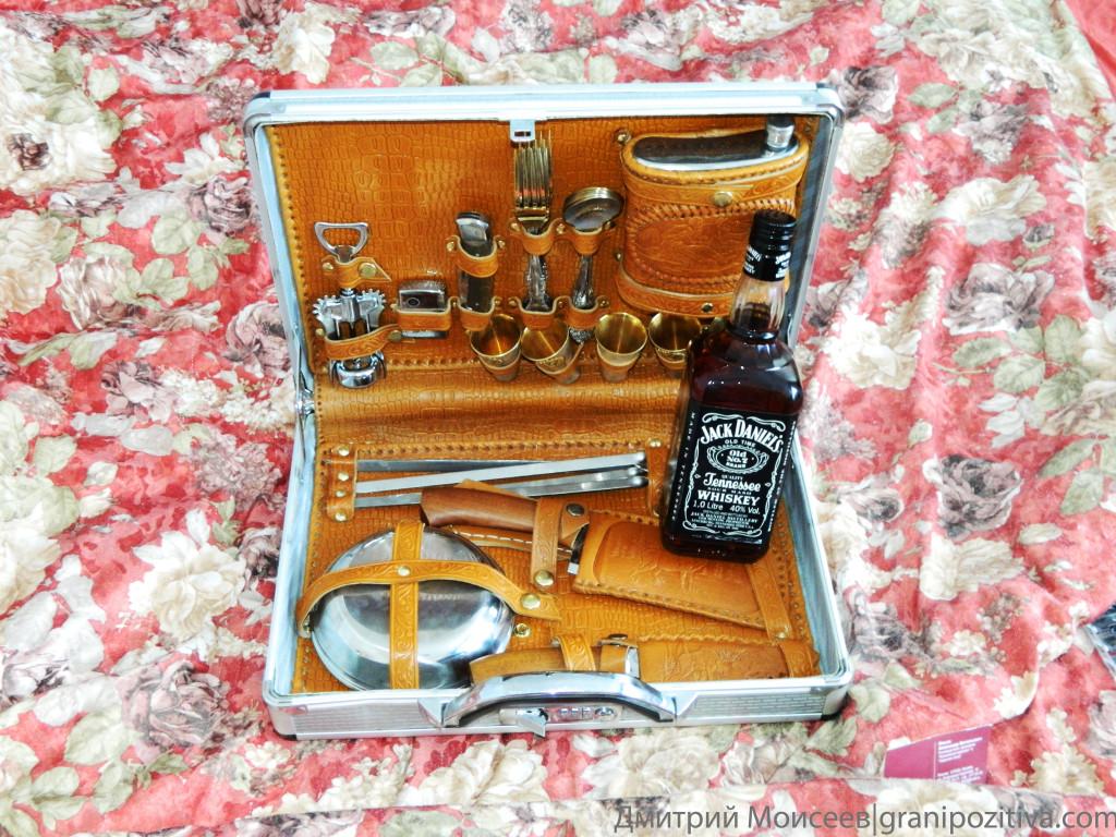 Набор для пикника и виски Джек Дениэлс