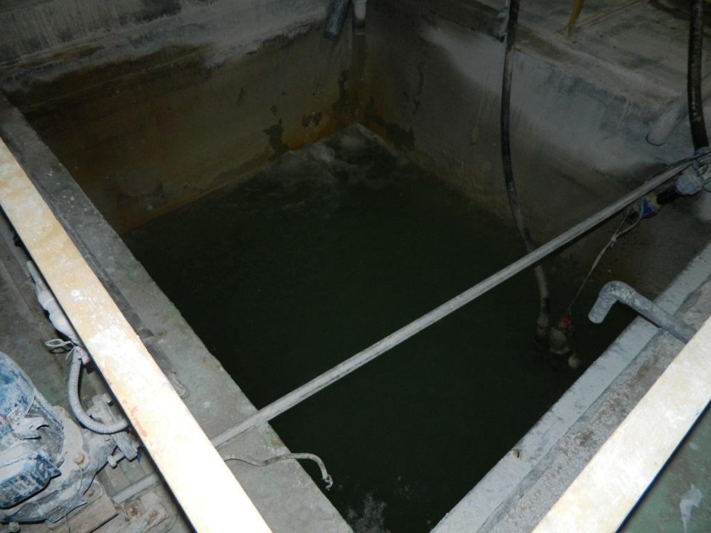 Ванна с отработанной водой на заводе найди в ижевске