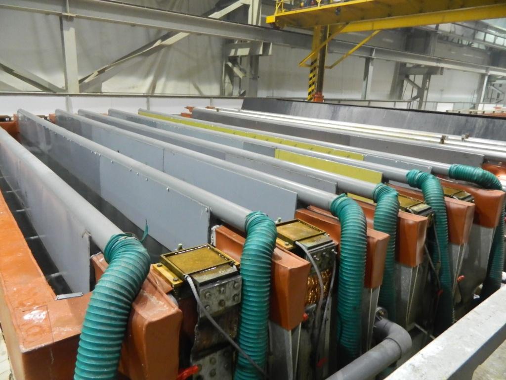 Профиль помещают в ванну с большим током на заводе найди в ижевске