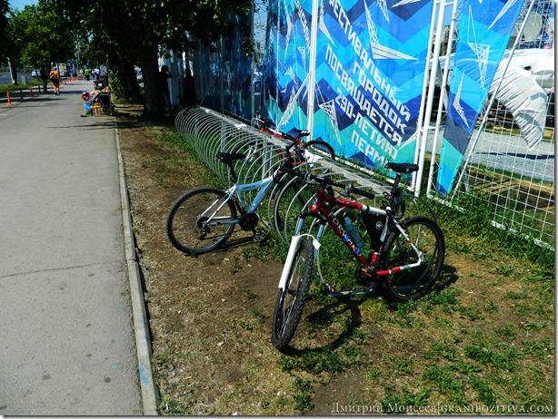 стоянка велосипедов на фестивале белые ночи в перми