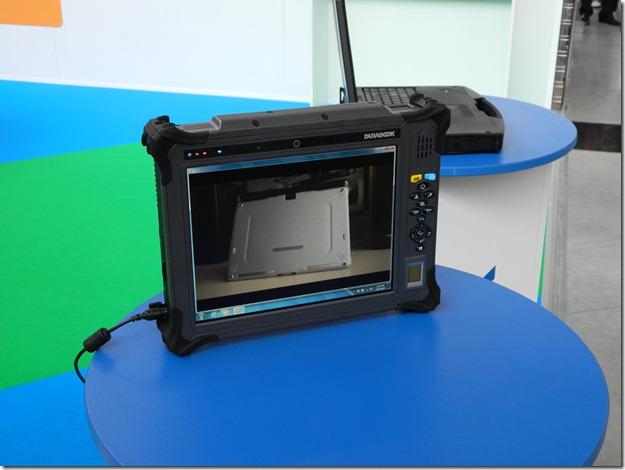 инженерный ударопрочный и влагозащищенный планшет на Иннопроме
