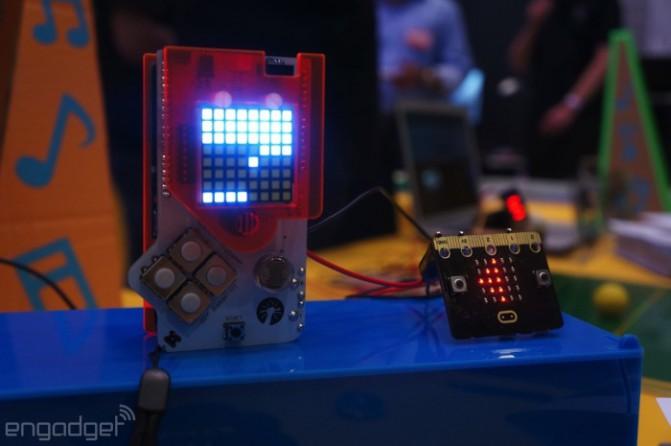 микрокомпьютер Microbit в работе