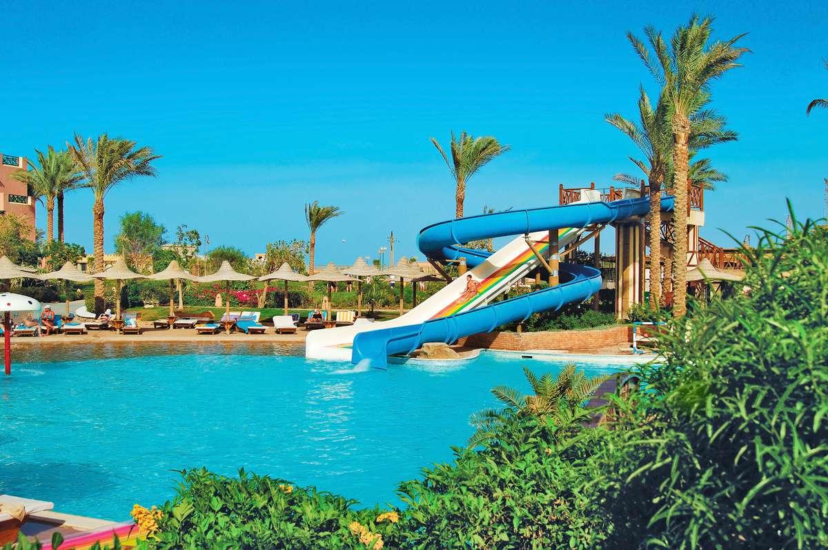 Бассейн отеля Rehana Sharm Resort 4