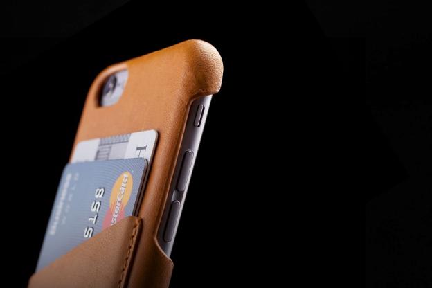 Кожаный чехол для iphone