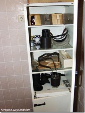 Шкаф с запчастями для кинопроектора