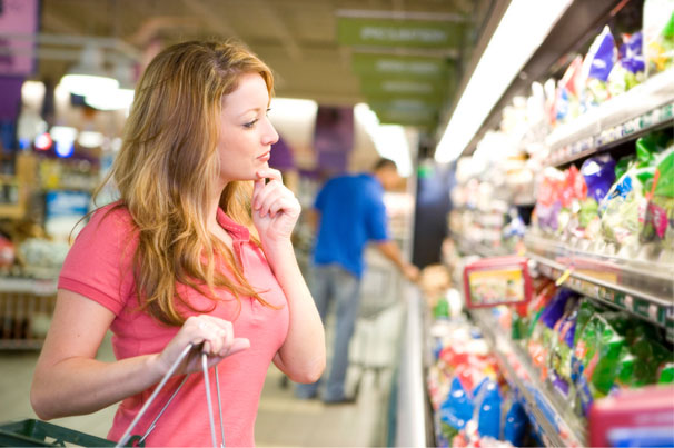 Девушка в магазине