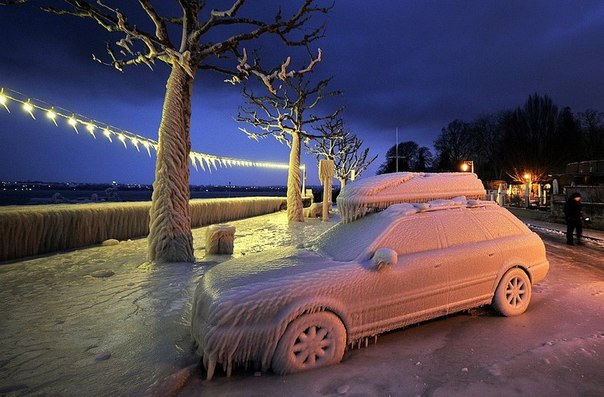 Замерзшая машина