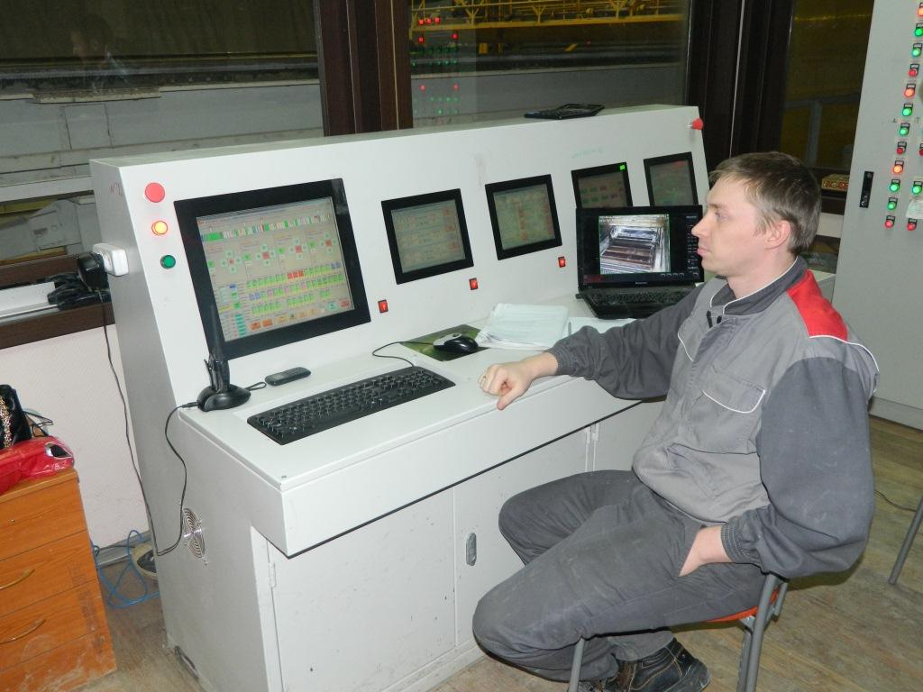 Оператор управляет заводом найди в ижевске