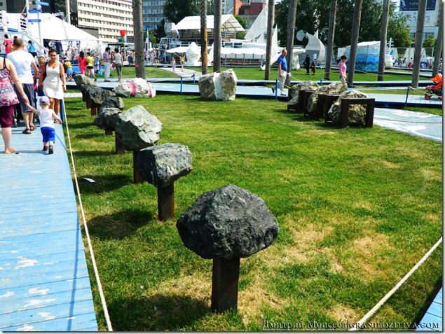 инсталляция каменные грибы на фестивале белые ночи в перми