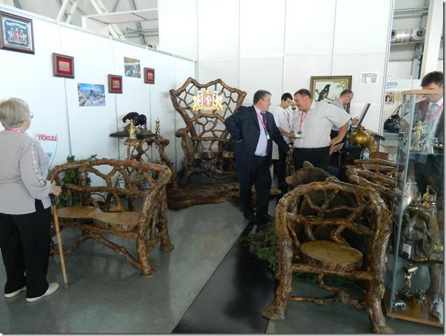 Деревянная мебель на Иннопроме