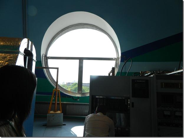 Окно внутри останкинской телебашни