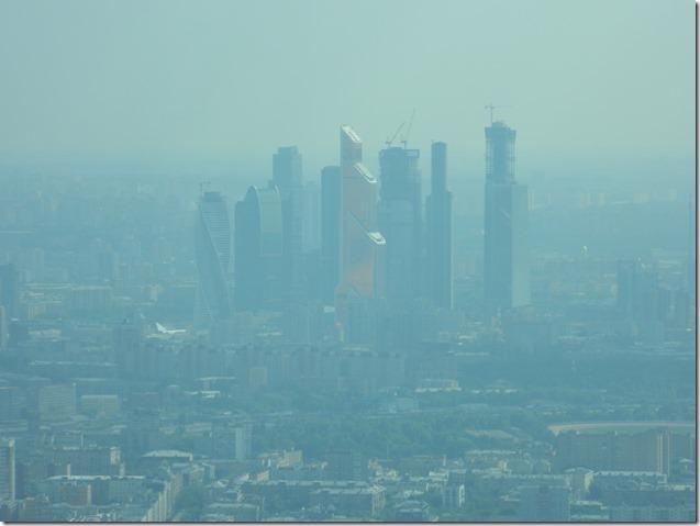 Вид на Москва Сити с останкинской телебашни