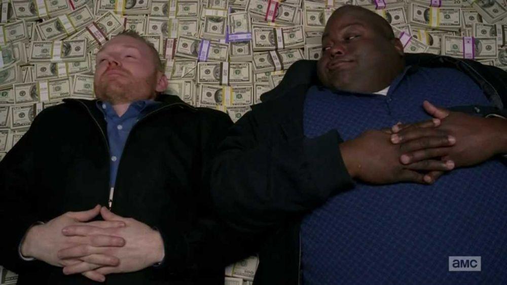 Негр из Braking Bad на деньгах
